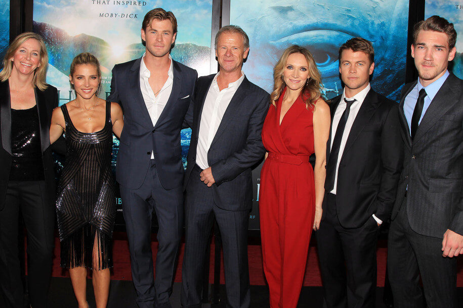 Chris Hemsworth Brothers & Family