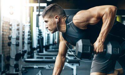 dumbbell press bench man workout