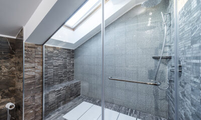 Framless Glass Shower Enclosures